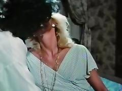 vintage lesbian hairy pussy