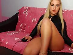 DeliaBigTits's live sex cam chat