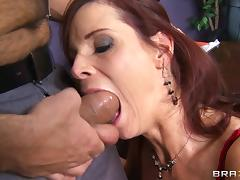 Milf boss Syren De Mer seduces an employee at work for good fucking