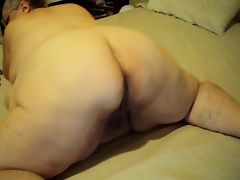 new ass wigling on cam