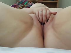 BBW with Shaved Pussy Dildos Herself