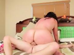 Estella Queso Bollos Rodriguez -Tear That Fat Ass Up