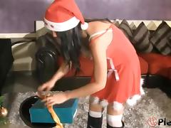 Marry Christmas to beautiful feet for a foot fetish