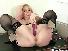 Mom, British, Lingerie, Masturbation, Mature, MILF