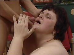 Mature slut Diana gets facialed after her fat pussy got rammed