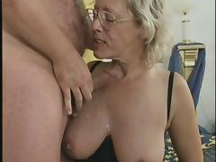 Hardcore amateur orgy with naughty grannies fucking