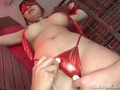 Japanese whore in bondage enjoys a pussy molesting with vibrators