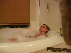 Hot chick Amanda Amore takes a bath in reality solo video