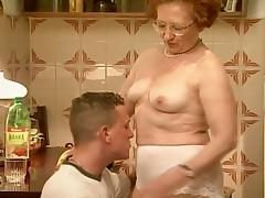 Young man fucks old granny on the floor