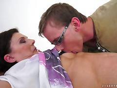 Horny granny loves to feel a hard cock in her bushy pussy