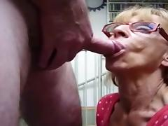 granny gives a fast blowjob with cim