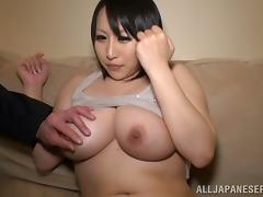 Hana Nonoka plays with her big tits then gives some head