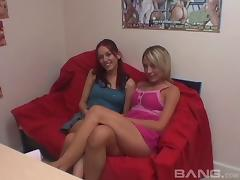 Tight bodied lesbian beauties eat out each other's cunnies