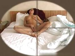leona-voyeur-03_r.wmv