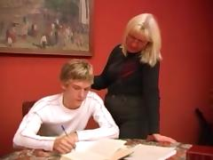 She interrupts his homework for a BJ and some mature sex