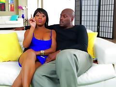 Lexington Steele chats with sexy black pornstar Erika Lui