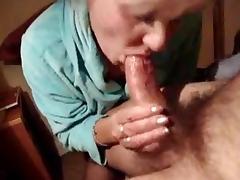 mamie veut de l'anal
