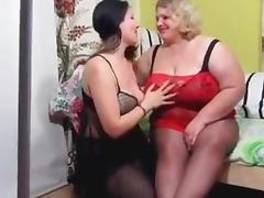 bbw lesbain fisted by wicked brunnet