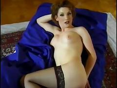 Busty tranny bangs a chick