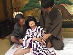 Guys team up and bang a sexy geisha girl in a threesome