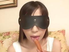 Shizuku obedient girl blows on huge dicks