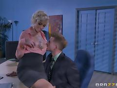 Slutty blonde secretary with big boobs gets nasty in the office