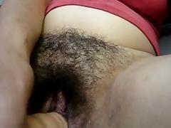 Dildo in fica pelosa 2