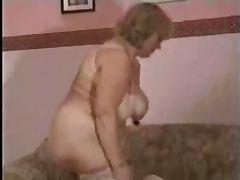Granny In a Trio R20