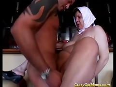 busty mom loves extreme gagging