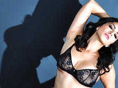 Sunny Leone in Black Diamond Video