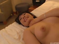 Hotel room meet up and fuck with a cute Japanese girl