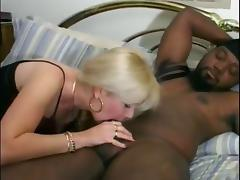Black dick pleases the mouth and cunt of this old white huge