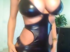 Busty latex cam