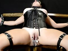 Bondage and pussy weights for Midwest Wife