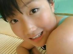 Aira Mihana - The pool