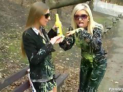 Naughty blondes meet at a park's bench for a rare case messy romance