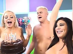 Alexa Pierce & Nina Elle & Porno Dan in Cakes, Round Butts and Massive Gazongas - ImmoralLive
