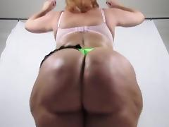 MM Huge Ass Clap