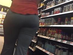 Longer version of an earlier video. She was just too damn fine.