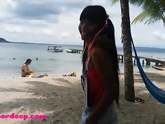 Ameteur Tiny Teen Heather Deep at the beach give deepthroat