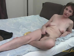 Sofia in Masturbation Movie - AuntJudys