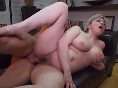 Hot mature Tamara fuck...