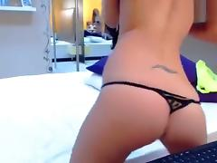 Red-haired beauty KaylaPassion fingering her pussy
