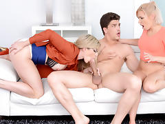 Kacey Jordan & Cory Chase & Bruce Venture in Dick For Two - MilfHunter