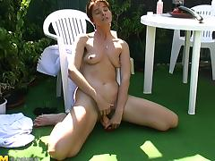 Natural tits cougar masturbates then banged hardcore outdoor