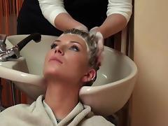 Long Blonde Hair Backward Shampooing