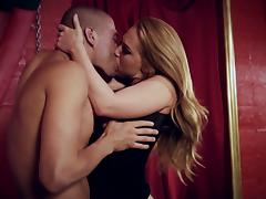 Blonde with hot ass screaming while her anal is feasted hardcore