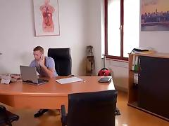 Last Minute - Hardcore Titty Fuck in Doctors Office