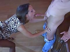 nylon babe sucks cock for pantyhose sex