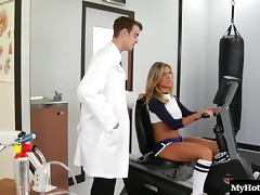Doctor ravishing hot ass dame hardcore doggystyle roughly